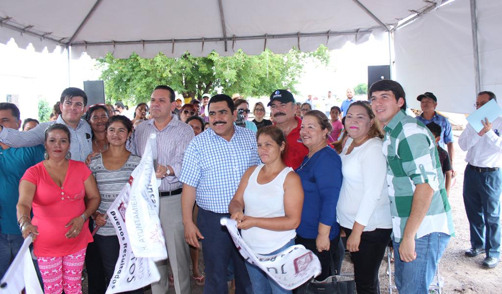 Noticias_2015_El_gobierno_municipal_lleva_agua_y_alcantarillado_a_95_familias_de_la_sindicatura_de_Costa_Rica_02