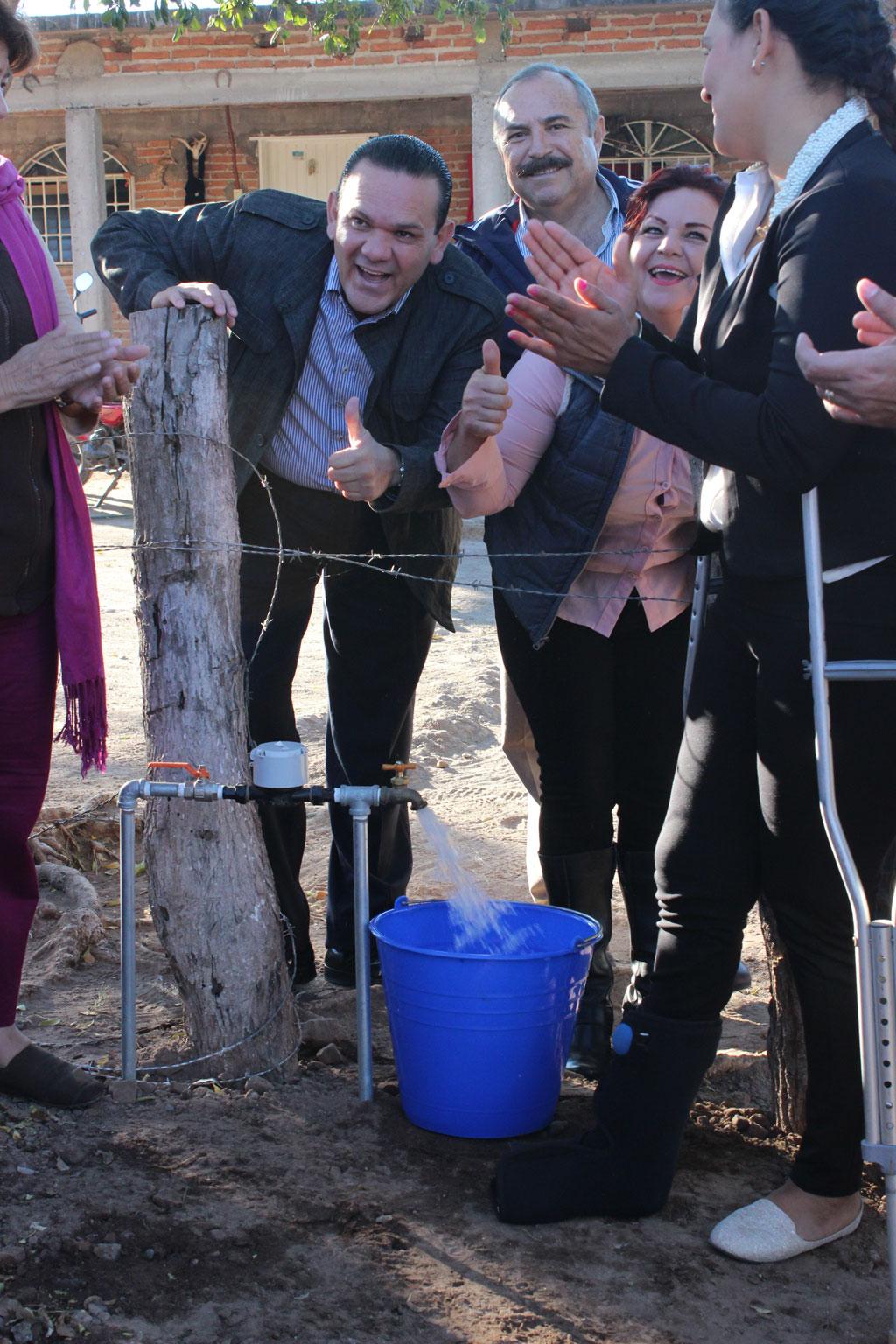 Noticias-2016-Agua-y-drenaje-para-las-comunidades-mas-apartadas-de-Culiacan-04