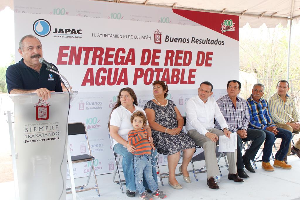 Noticias-2016-Llevan-agua-potable-de-calidad-a-La-Palma-El-Salado-04