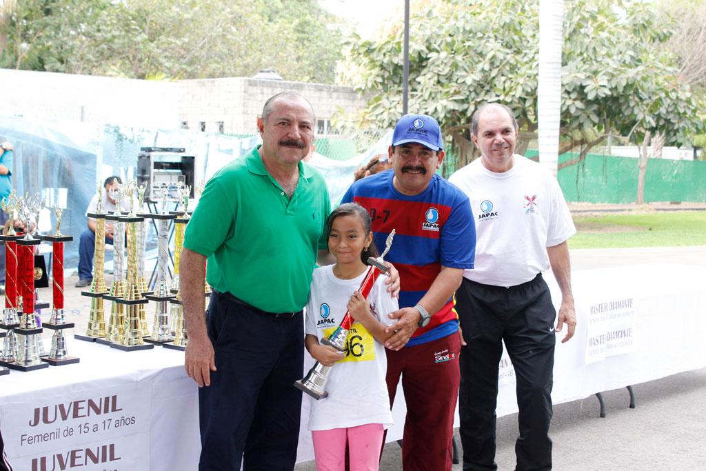 Noticias-2016-Con-caminata-inician-los-festejos-del-Sindicato-de-JAPAC-02