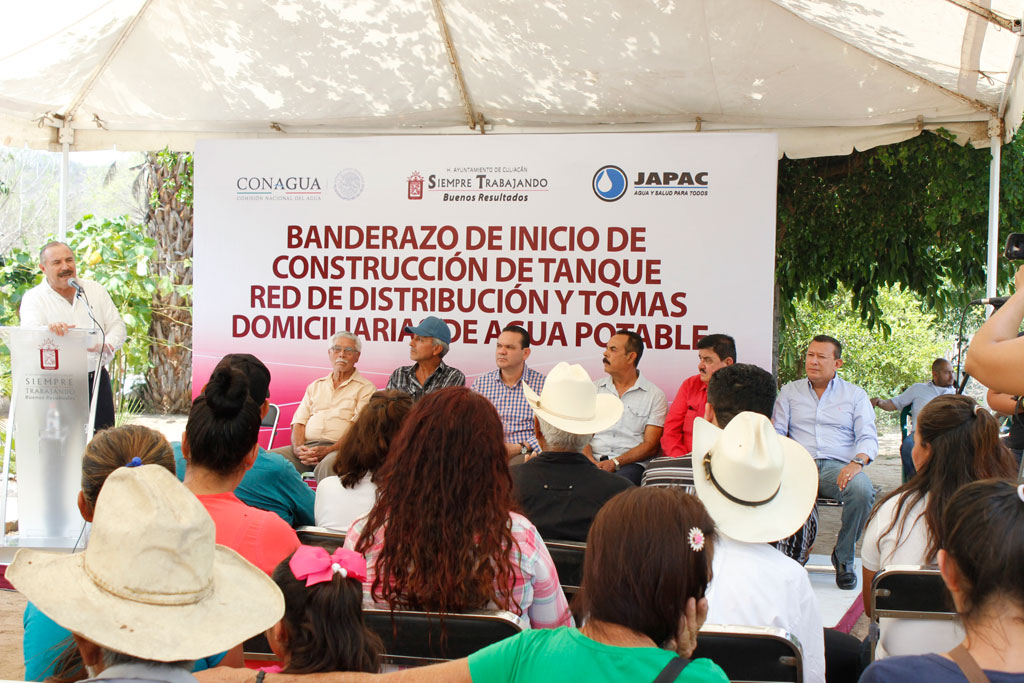 Noticias-2016-La-comunidad-de-San-Antonio-gozara-de-agua-potable-04