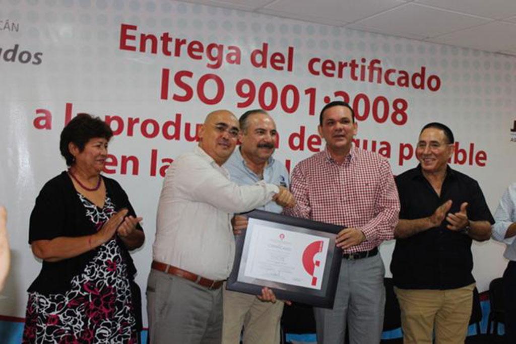 Noticias-2016-Recibe-JAPAC-certificacion-ISO-9001-2008-05