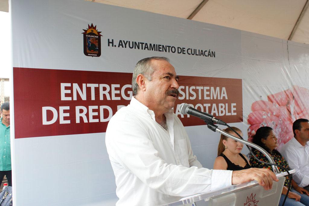 Noticias-2016-Vecinos-de-El-Diez-gozan-ya-de-agua-potable-04