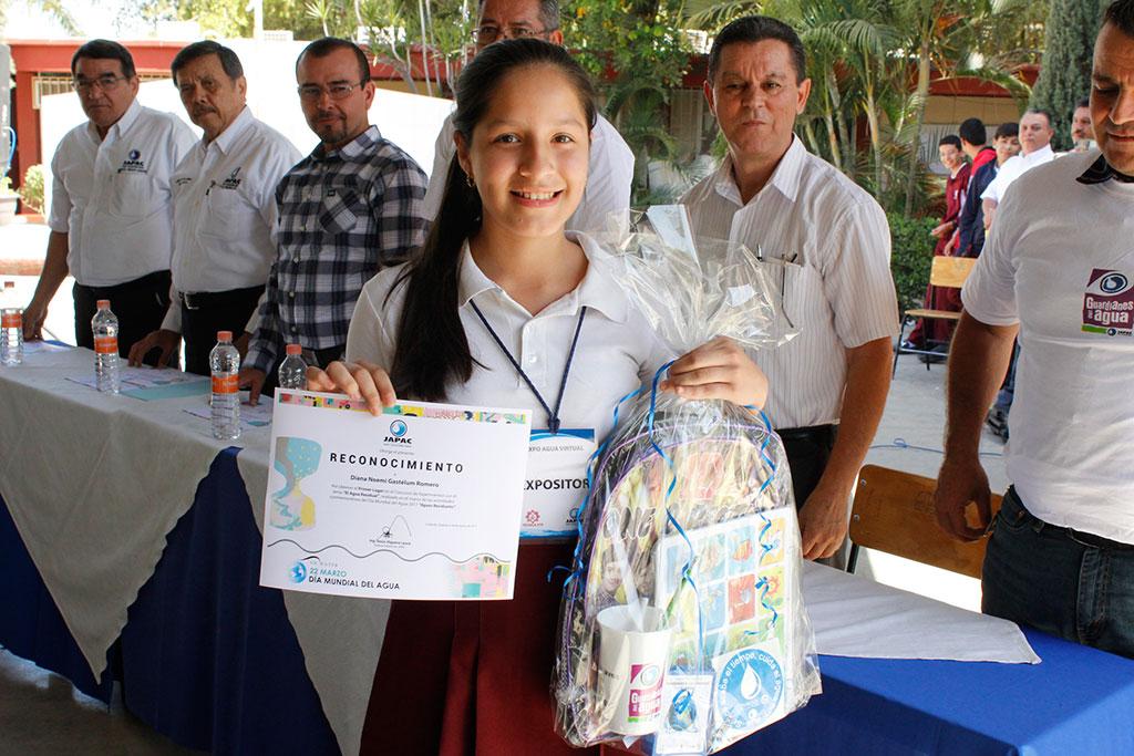 Noticias-2017-Celebran-Expo-Agua-Virtual-en-la-Secundaria-Tecnica-79-05