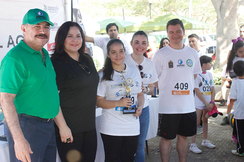 Noticias-2017-Mas-de-750-personas-se-unen-al-cuidado-del-agua-05