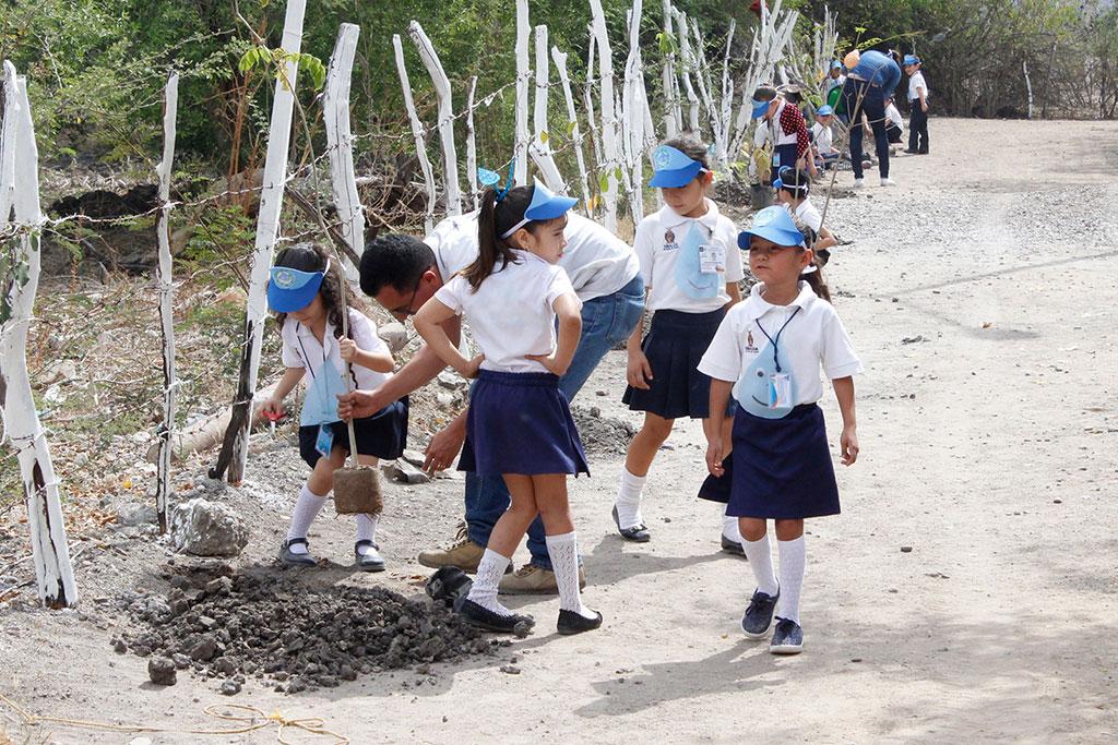 Noticias-2017-Pequenos-de-El-Carrizalejo-se-suman-al-cuidado-del-medio-ambiente-06