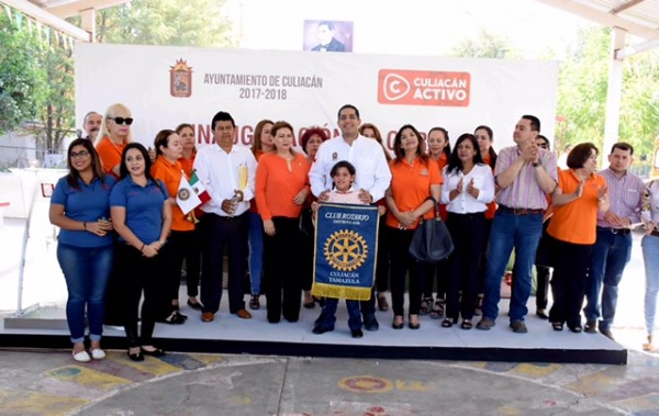 NOTICIAS-2017-INAUGURACION-SISTEMA-AGUA-POTABLE-ESC-PRIM-COSTA-RICA-11