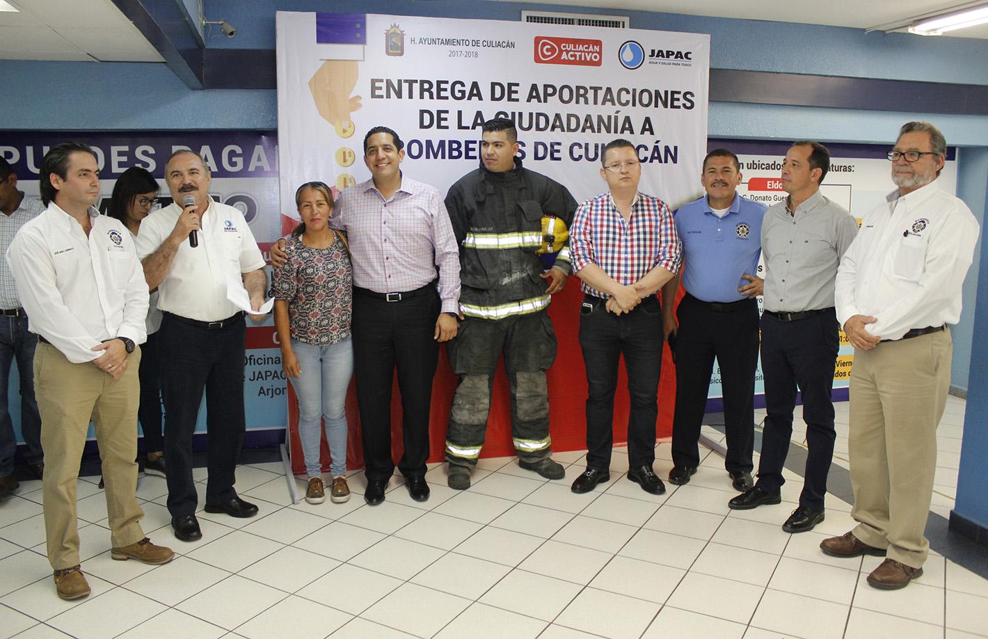 JAPAC-NOTICIAS-bomberos-recibe-aportacion-ciudadana-03