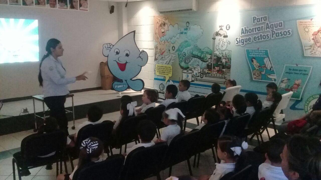 Aprenden estudiantes proceso de potabilización