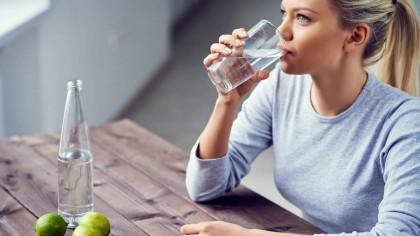 noticias-2017-5-ideas-para-beber-mas-agua-en-invierno