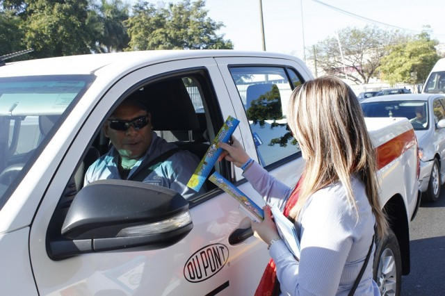 Japac-Noticias-autoridades-develan-el-mural-soluciones-02