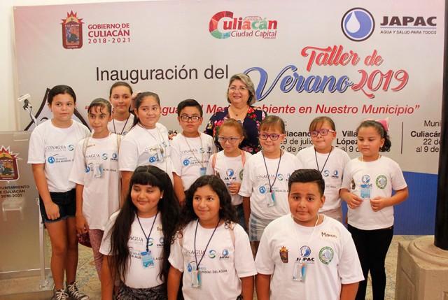 inaugura-alcalde-cursos-de-verano-cuidemos-el-agua-y-el-medio-ambiente-en-nuestro-municipio-04