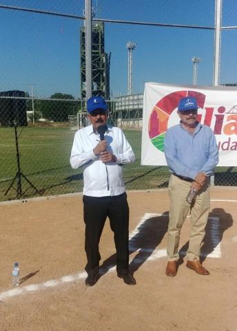 inauguran-campo-de-softbol-con-la-celebracion-de-torneo-en-la-unidad-deportiva-japac-09